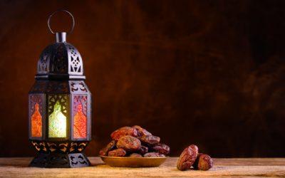 Ist der Hadith von Abū Ayyūb (r) über das Fasten von sechs Tagen in dem Monat šawwāl schwach?