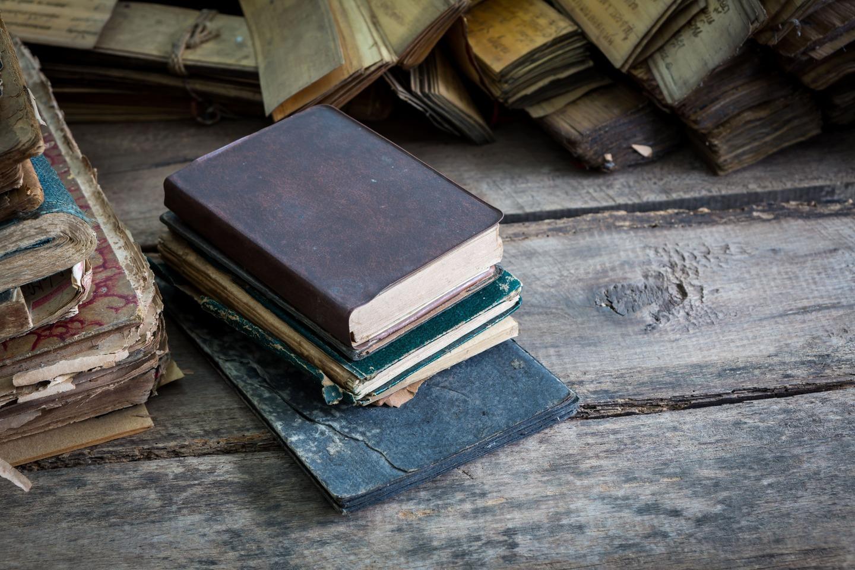 book-1867716_1920
