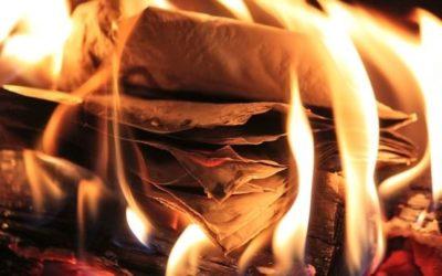 Wurden Hadithniederschriften zur Zeit des Propheten (ṣ), Abū Bakr (r) und ʿUmar (r) verbrannt?